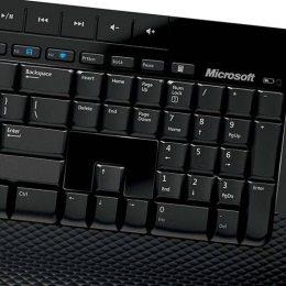 Kit Teclado e Mouse sem Fio Microsoft 2000 M7j-00021